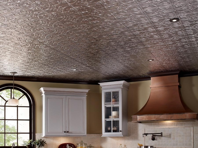 Traditional 2 ceiling in Crosshatch Silver