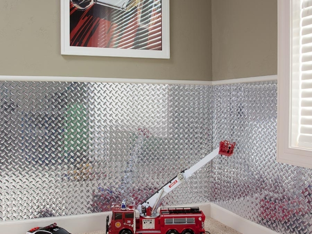 Diamond Plate wall panel in Brushed Aluminum